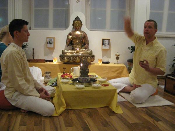 Einweihungs-Puja YOga Vidya Center Diepholz