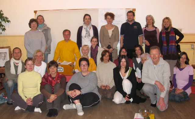 Yoga Workshop mit Sukadev in Darmstadt