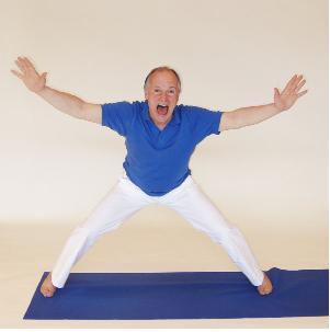 Yogaübung Andreaskreuz
