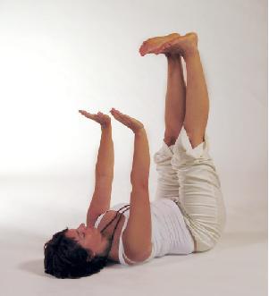 Yogaübung umgedrehter Tisch