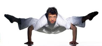 Spagat-Krähe Yoga Asana