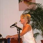 Gopi beim Mantra-Singen