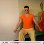 yogavideoentspannungaufdemstuhl1