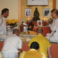 Das Lichterfest Diwali mit Puja