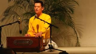 Hare Krishna Maha-Mantra mit Atmamitra