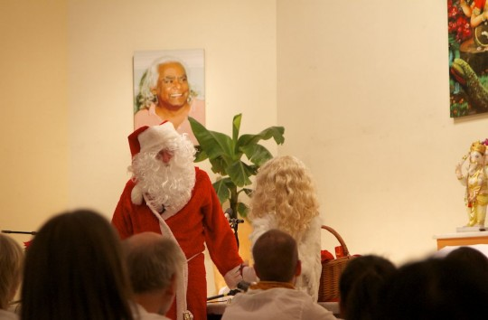 06 Christkind und Weihnachtsmann