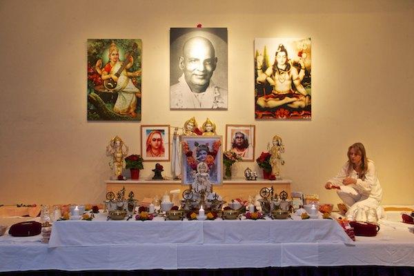 Beginn Puja