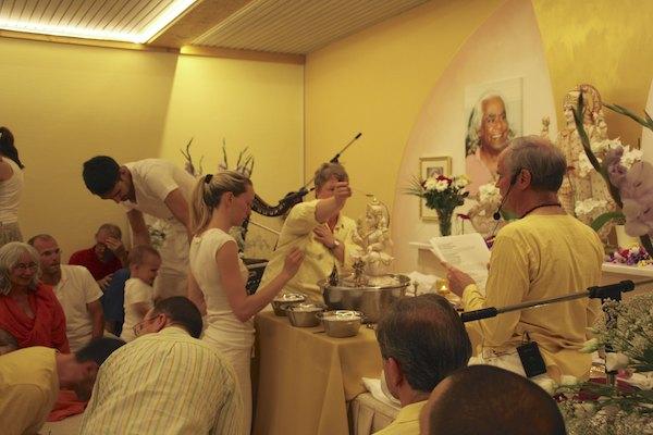 Puja im Allgäu Ashram