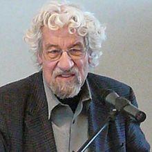 <b>Hans Peter</b> Dürr, Physiker ist mit 84 Jahren verstorben. - 220px-Hans-Peter_Duerr1
