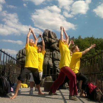 Yoga an den Externsteinen