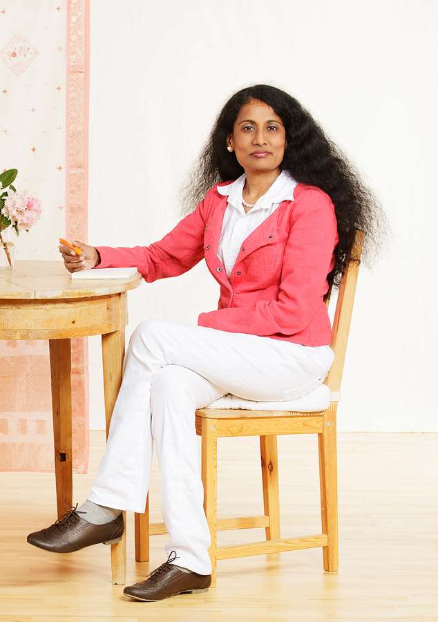 Dr-Aruna
