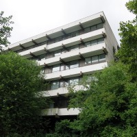 Leerstehendes Gebäude 'Mahāmeru'