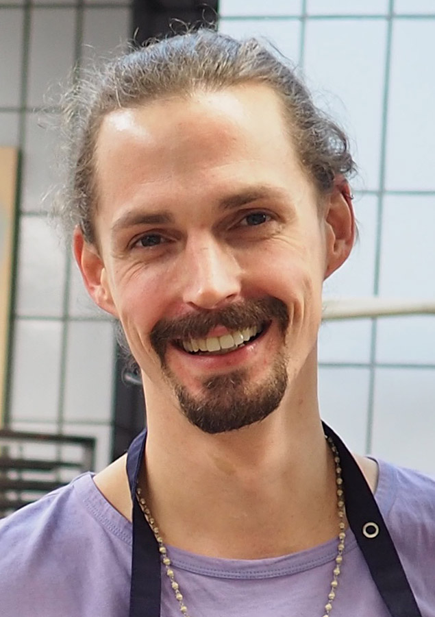 Yogalehrer, Musiker & Koch: Kai Treude