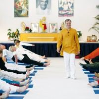 Yoga mit Sukadev