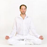 Shaktidas-Schueler-04-13_Meditation