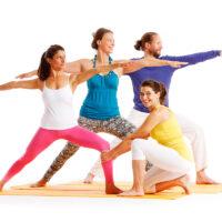 Chandra_Yogagruppe-2014-Hilfestellung_Helden_01