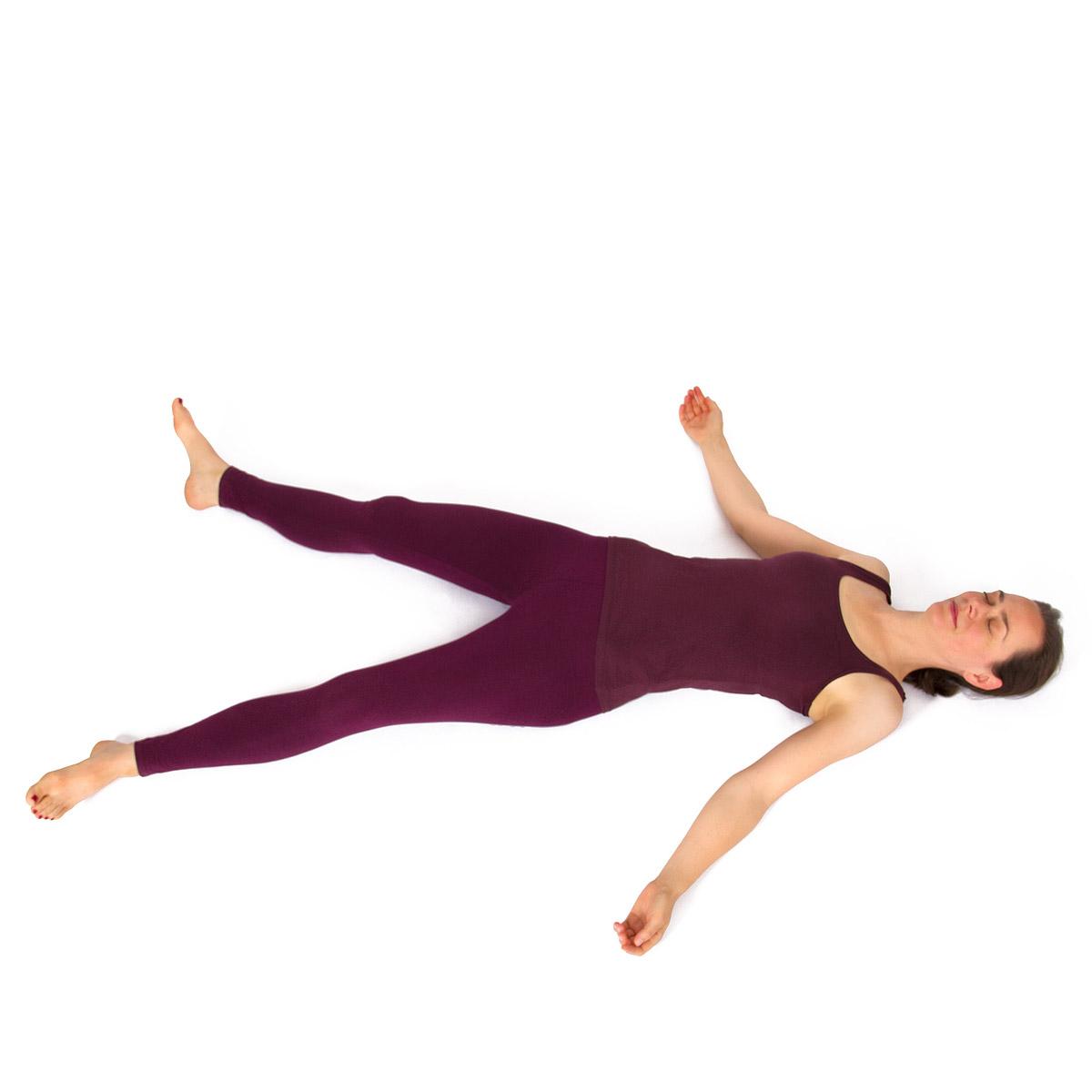Übungsreihe für kräftige und für entspannte Schultern - Yoga Vidya ...