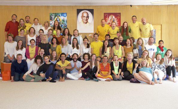 Abschlussfoto der vierwöchigen Yogalehrerausbildung im September 2017