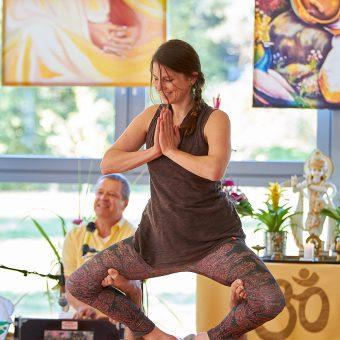 Acro Yoga Vorführung