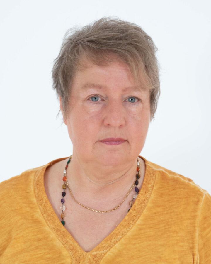 Shivakami Bretz, die Leiterin der Yogatherapie in Bad Meinberg