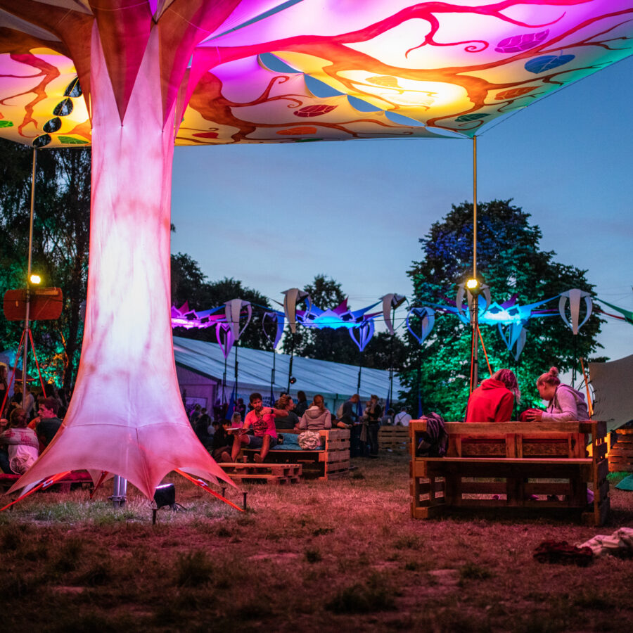 Xperience Festival 2019 Marketplace bei Nacht